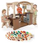 Grand Walk In Kitchen with Extra Play Food