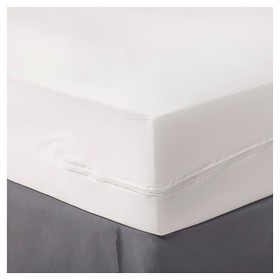 Zippered Mattress Protector - Room Essentials&#153