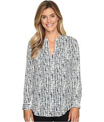 Lilla P Long Sleeve Pocket Front V-Neck Top