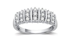 1/2 CTTW Genuine Diamond Fashion Band in Sterling