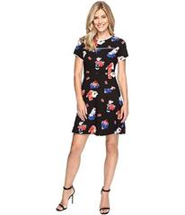 Vince Camuto Short Sleeve Travelling Blooms Flare