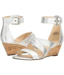 Nine West Piwow