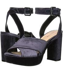 Nine West Mcnomee