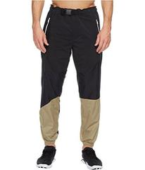 Under Armour Meters Track Pants