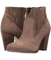 Vince Camuto Fenyia