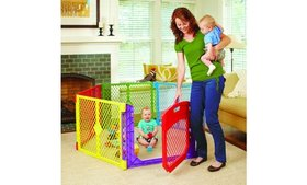 Superyard Colorplay or White Ultimate Play Yard wi