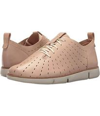 Clarks Nude Pink Leather