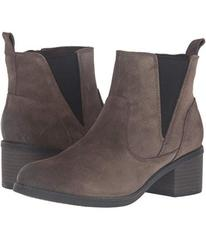 Clarks Nevella Bell