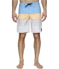 """Quiksilver Division Solid 20"""" Boardshorts"""