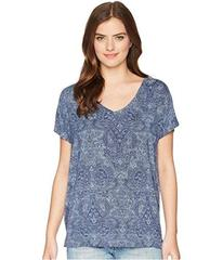 LAUREN Ralph Lauren Short Sleeve V-Neck Raglan Top