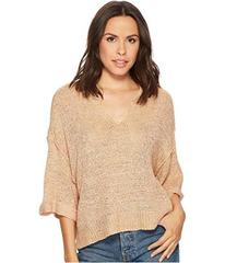 ROMEO & JULIET COUTURE Knit Top w/ Steep Front