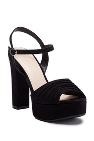 Chinese Laundry Allie Pleated Platform Sandal