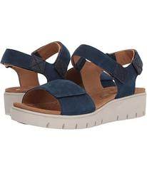 Clarks Un Karely Bay