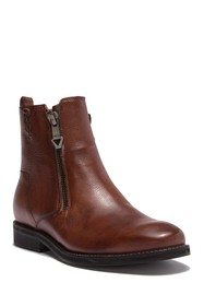 GUESS Jears Zip Leather Boot