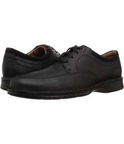 Clarks Black Oily Leather