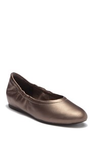 Rockport Luxe Ruched Leather Ballet Flat - Wide Wi
