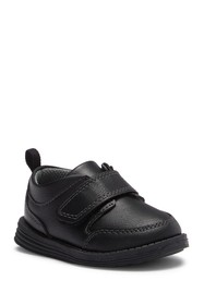 OshKosh Boas Dress Shoe (Toddler & Little Kid)
