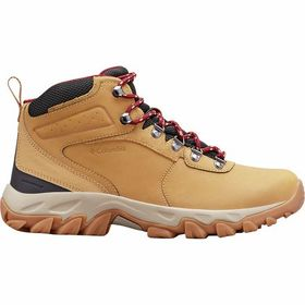 Columbia Newton Ridge Plus II Waterproof Hiking Bo