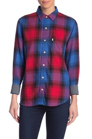 Levi's Ultimate Boyfriend Plaid Button Down Shirt