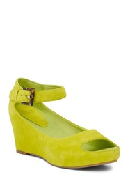 Johnston & Murphy Tricia Ankle Strap Wedge Sandal