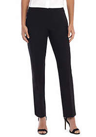 Signature Straight Pant with Zip Pockets in Modern