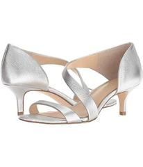 Vince Camuto Karlyn