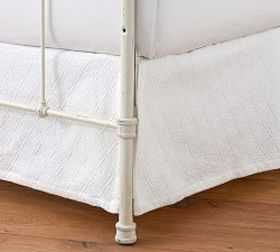Reeve Matelasse Organic Daybed Bed Skirt