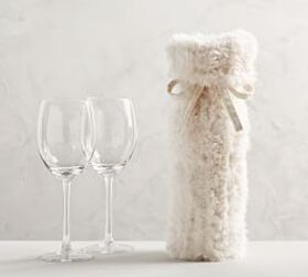 Knitted Faux Fur Wine Bag