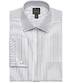 Traveler Collection Tailored Fit Spread Collar Str