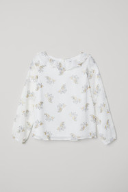 Blouse with Ruffled Collar
