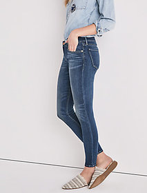 Stella Low Rise Skinny Jean In Sandy Oaks