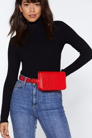 WANT Shake It Off Croc Fanny Pack