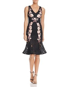 Avery G Avery G - Floral Embroidered Lace Midi Dre