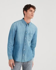 Long Sleeve Front Pocket Denim Shirt in Light Wash