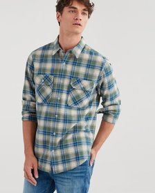 Long Sleeve Distressed Desert Plaid Shirt in Myrtl