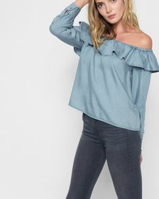 Long Sleeve Ruffled Off Shoulder Top in Hudson Sky