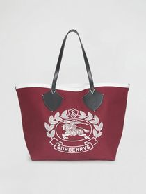 The Giant Tote in Archive Crest Cotton in Parade R
