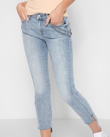 Ankle Skinny with Optional Chain and Step Hem in D