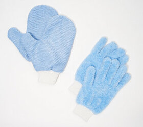 4 Piece Microfiber Dusting Gloves and Glass Cleani