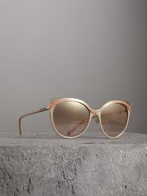 Two-tone Cat-eye Frame Sunglasses in Light Brown