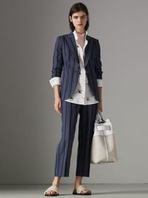 Collegiate Stripe Wool Blend Blazer in Navy/light