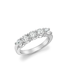 Bloomingdale's - Certified Diamond Band Ring in 18