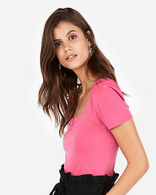 solid notch square neck puff sleeve tee