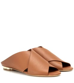 Salvatore Ferragamo Lasa 10 leather sandals