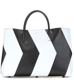 Anya Hindmarch Chevrons Maxi Featherweight Ebury l