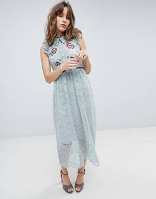 Hope & Ivy All Over Lace Midi Dress With Embroider