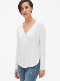 Long Sleeve V-Neck T-Shirt in Luxe Jersey