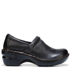 B.O.C. Women's Peggy Medium/Wide Clog Shoe