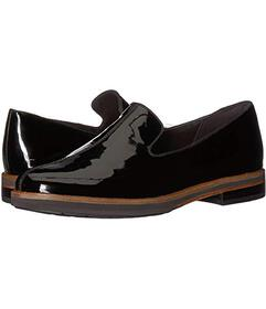 Clarks Frida Loafer