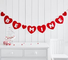 "Pottery Barn ""Be Mine "" Heart Garland"
